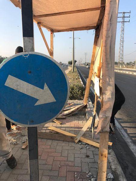 إزالة كشك على شارع صلاح الدين لتشكيلة خطر على السائقين