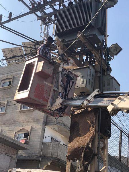 استمرار أعمال صيانة الإنارة بالمدينة
