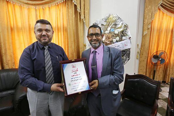 رئيس بلدية دير البلح يزور مدير مكتب وكيل وزارة العدل ويهنأه بالمنصب الجديد