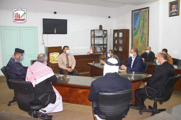 رئيس بلدية دير البلح : نطالب بتوحيد الجهود وتحمل الكل لمسؤولياته لزيادة وعي المواطن في مواجهة كورونا