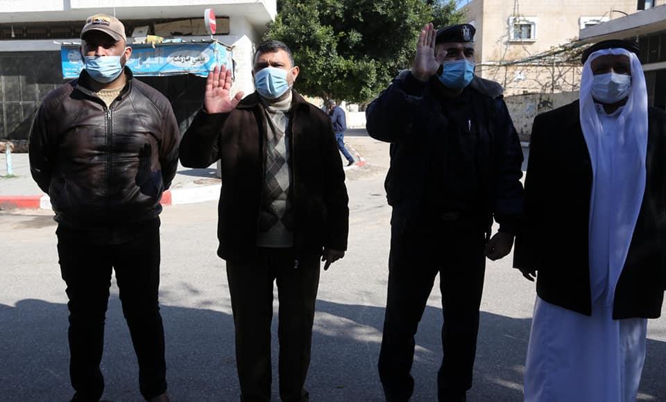 رئيس بلدية دير البلح يثمن جهود الشرطة في تطبيق حظر التجوال