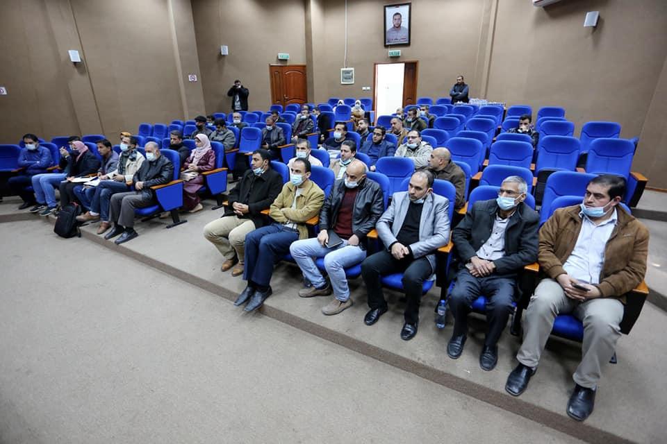 رئيس بلدية دير البلح يشيد بجهود صندوق تطوير وإقراض الهيئات المحلية ودعمها المتواصل