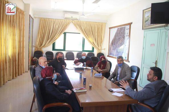 بلدية دير البلح تستقبل وفدا من وكالة الغوث وتشغيل اللاجئين