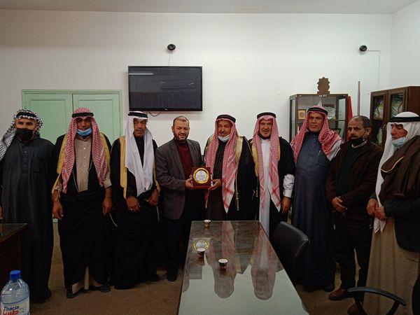استقبال بلدية دير البلح وفدا  من الهيئة المستقلة لشيوخ قبيلة  الترابين