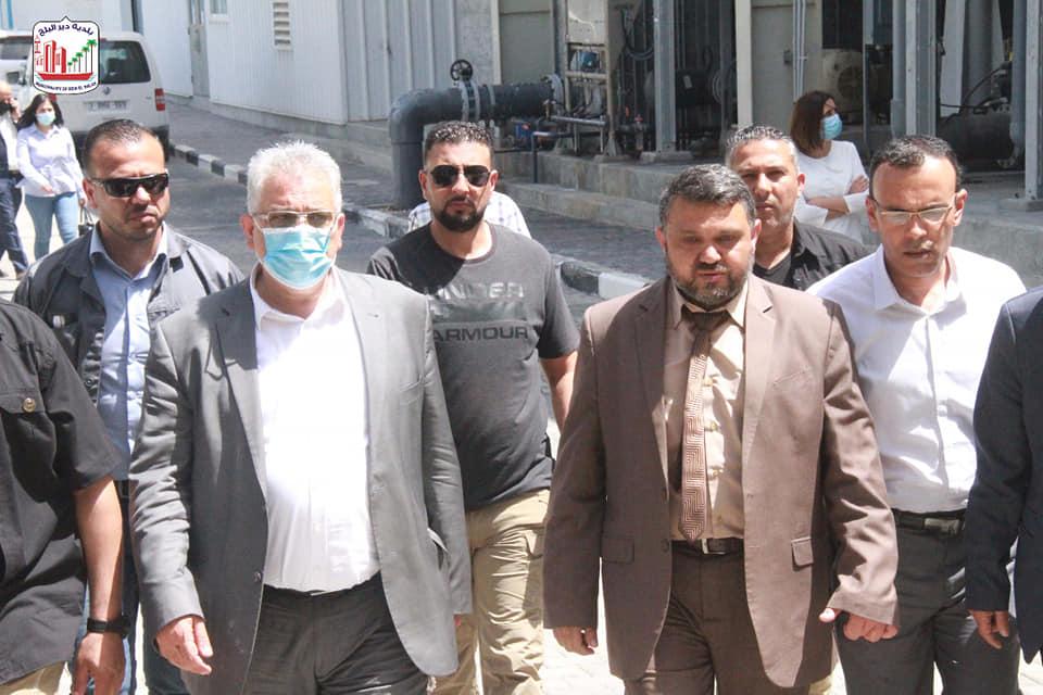 رئيس بلدية دير البلح يثني على زيارة رئيس سلطة المياة لتفقد الأضرار التي لحقت بمشاريع المياة والصرف ا