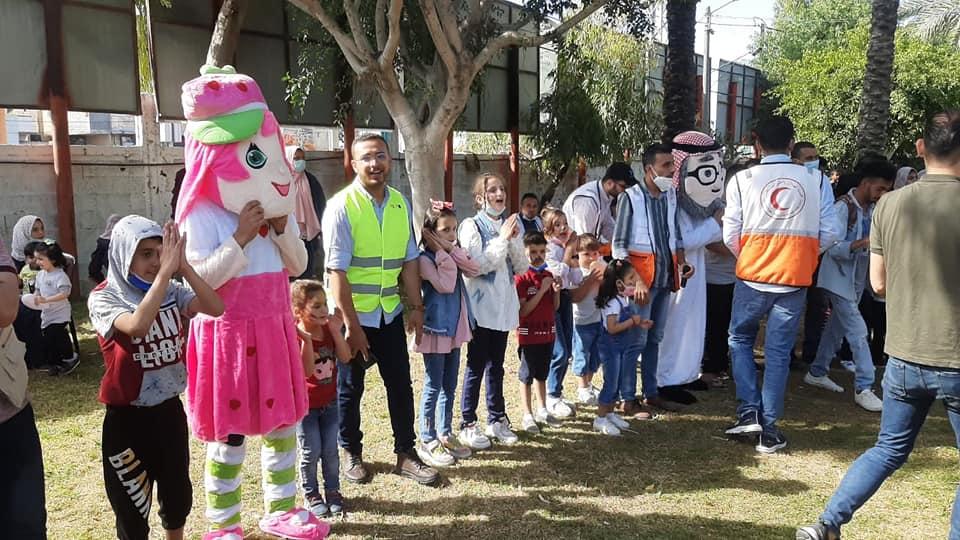 بالتعاون مع منتدى شارك الشبابي تنظيم كرنفال احنا العيد بمنتزه البلدية