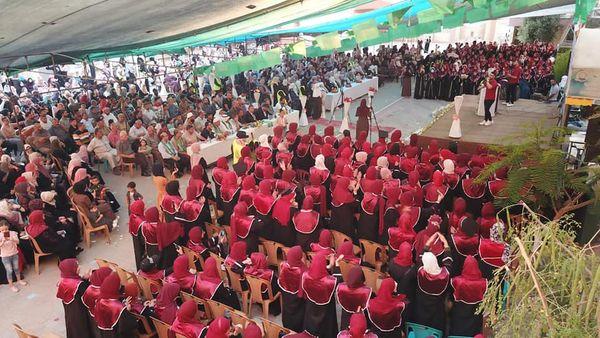 جانب من مشاركة رئيس بلدية ديرالبلح دياب الجرو في احتفال تكريم المتفوقات من طالبات المدينة