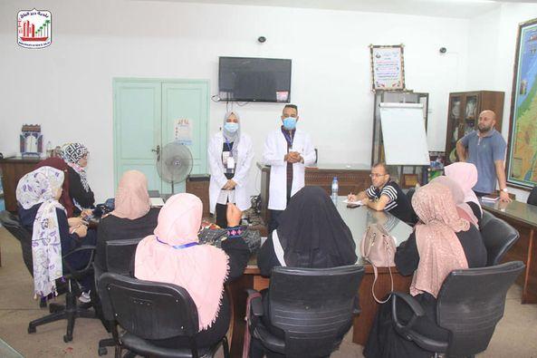 ندوة توعية  ضمن مشروع التطعيم فرصة بالبلدية للحديث عن أهمية لقاح كوفيد