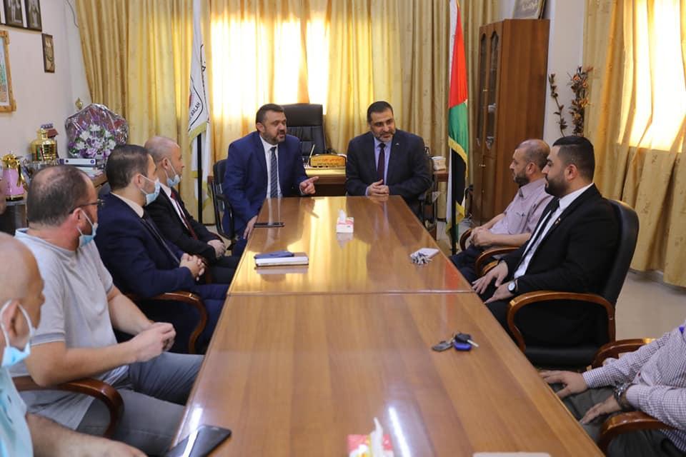 رئيس بلدية دير البلح لدى استقباله النائب العام ...نؤكد على أهمية تحقيق العدالة وخدمة المصلحة العامة