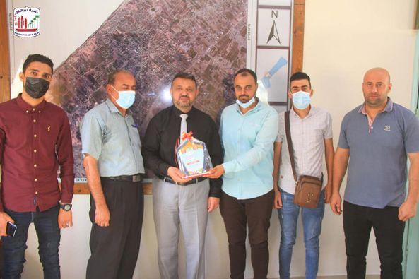 بلدية دير البلح تستقبل وفد من حركة المبادرة الوطنية الفلسطينية
