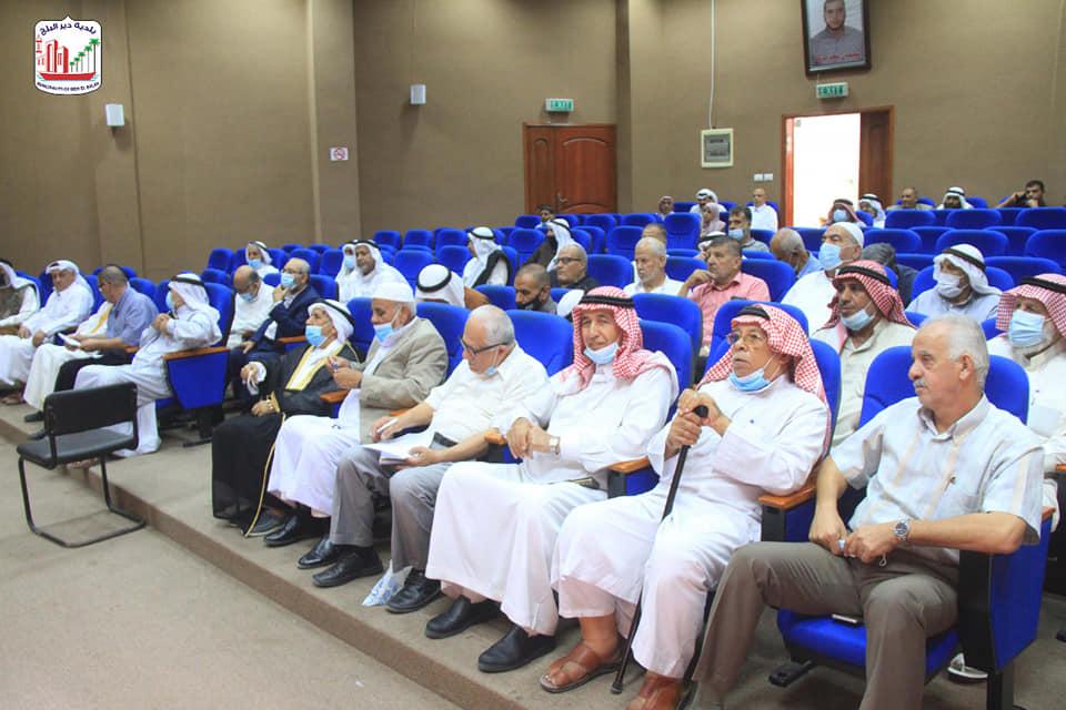 بالتعاون مع وزارة الحكم المحلي... بلدية دير البلح تعقد لقاء حول الإصلاح والتوفيق في الشريعة الإسلام