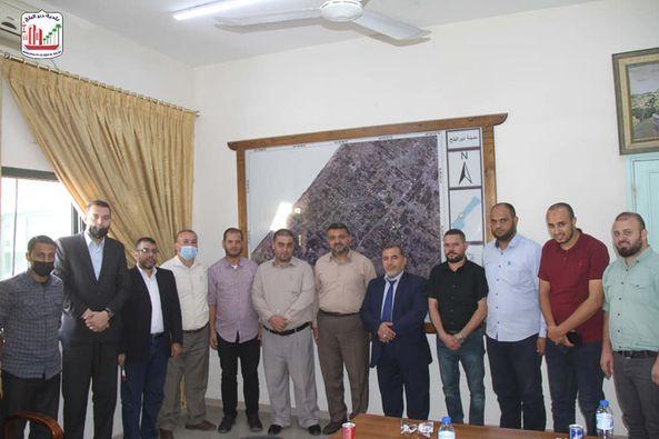 بلدية دير البلح تستقبل وفد من الأطر النقابية