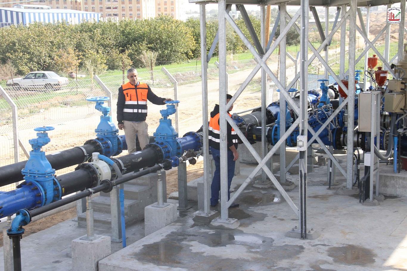 البلدية تتسلم مشروع إنشاء خزان مياه ومحطة ضخ دير البلح